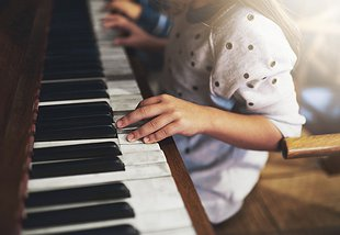 Diversify Your Life: Piano Lessons with Neighbour Note